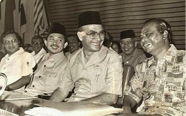 Tun Hussein Onn Perdana Menteri Malaysia Ketiga
