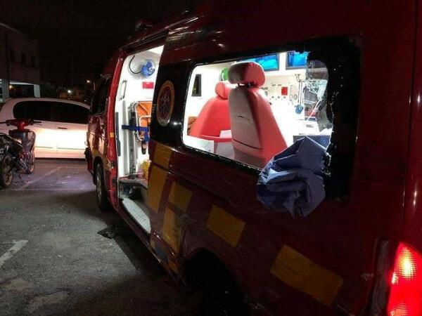 Ambulan 1