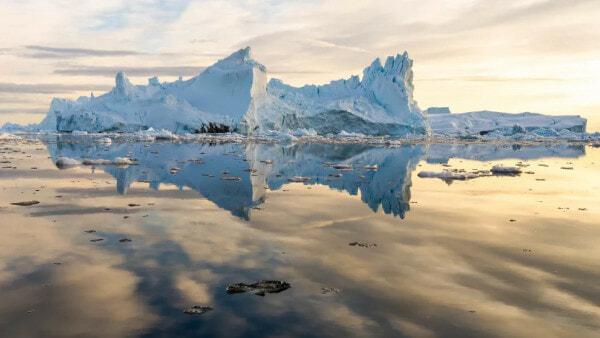 Ais Cair Greenland