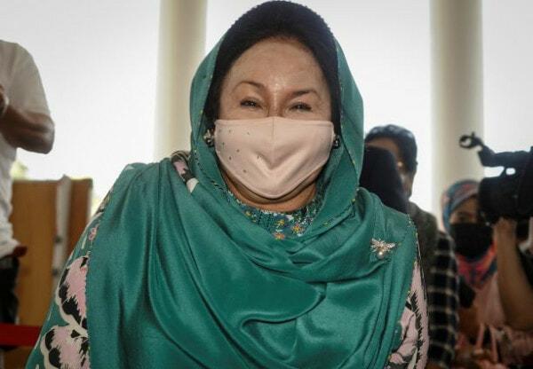 Rosmah Mahkamahkualalumpur12429 4